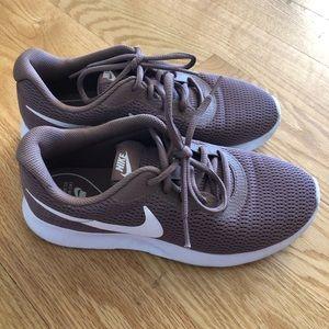Dark Mauve Nike Tanjuns